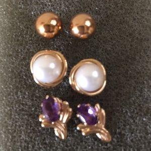 14K stud earrings choose 1 pair